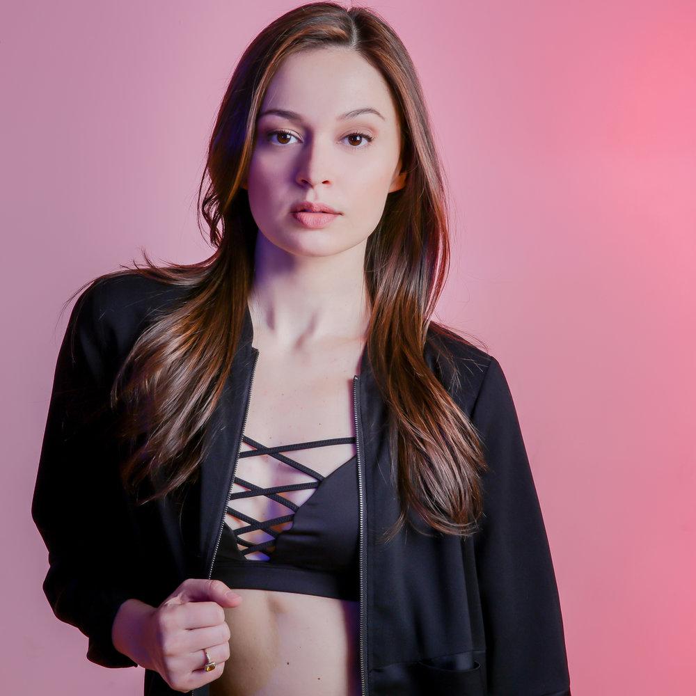 Model: Joanne Nosuchinsky