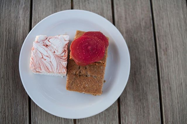 Boozy beet and bourbon marshmallow s'more with homemade ginger graham crackers.