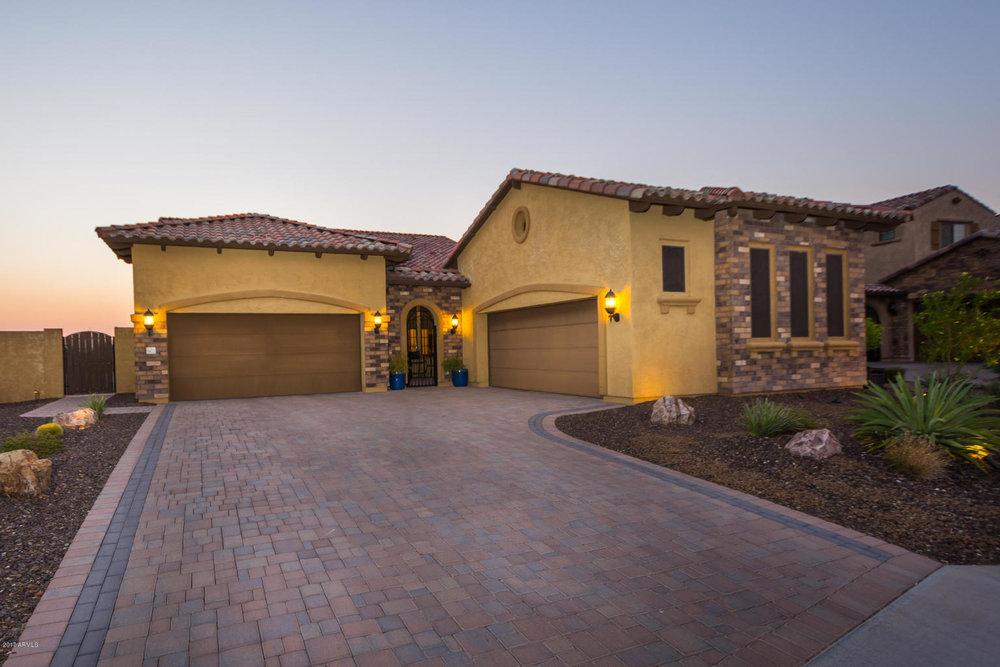 8422 E Laurel ST, Mesa, AZ 85207 | $562,500