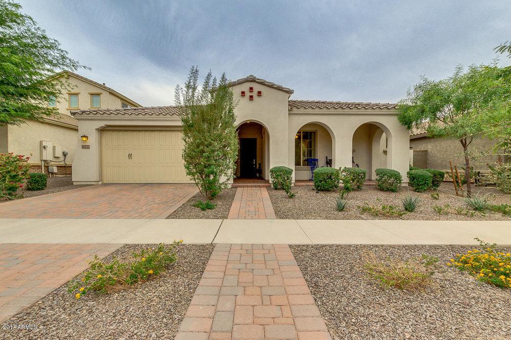 10727 E Vivid AVE, Mesa, AZ 85212 | $374,900