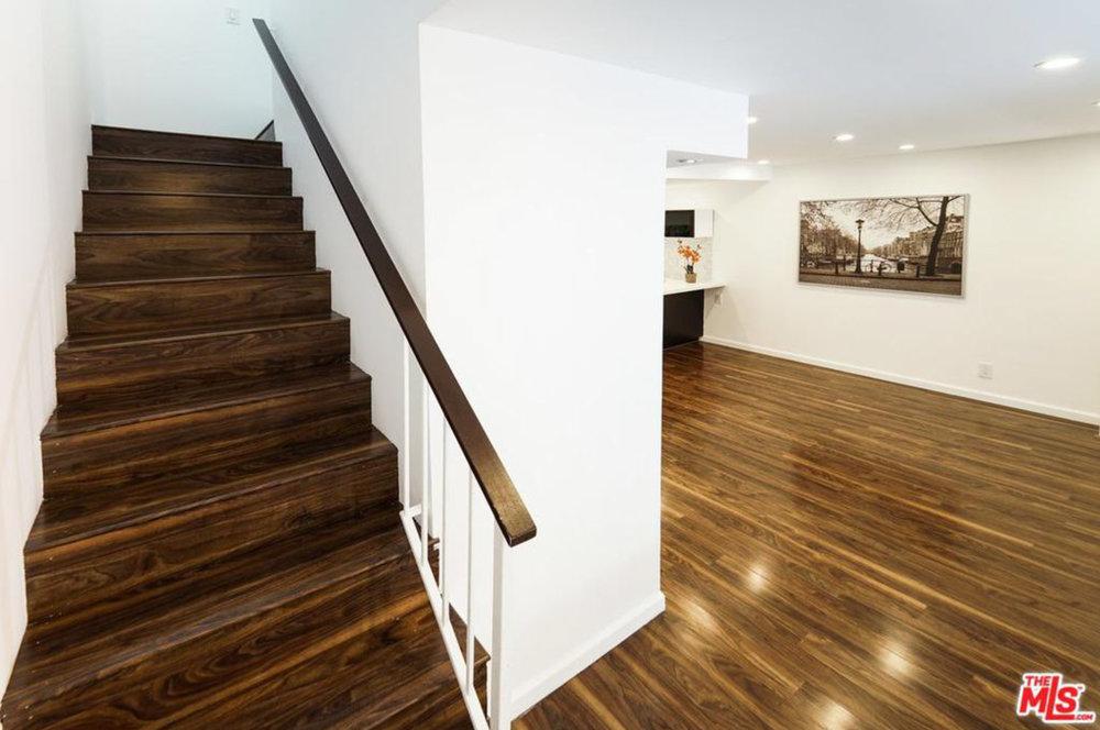 Modern Hallway in TARZANA, CA | Zillow Digs | Zillow.jpg