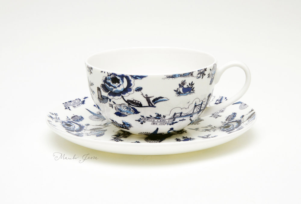 London toile cup and saucer