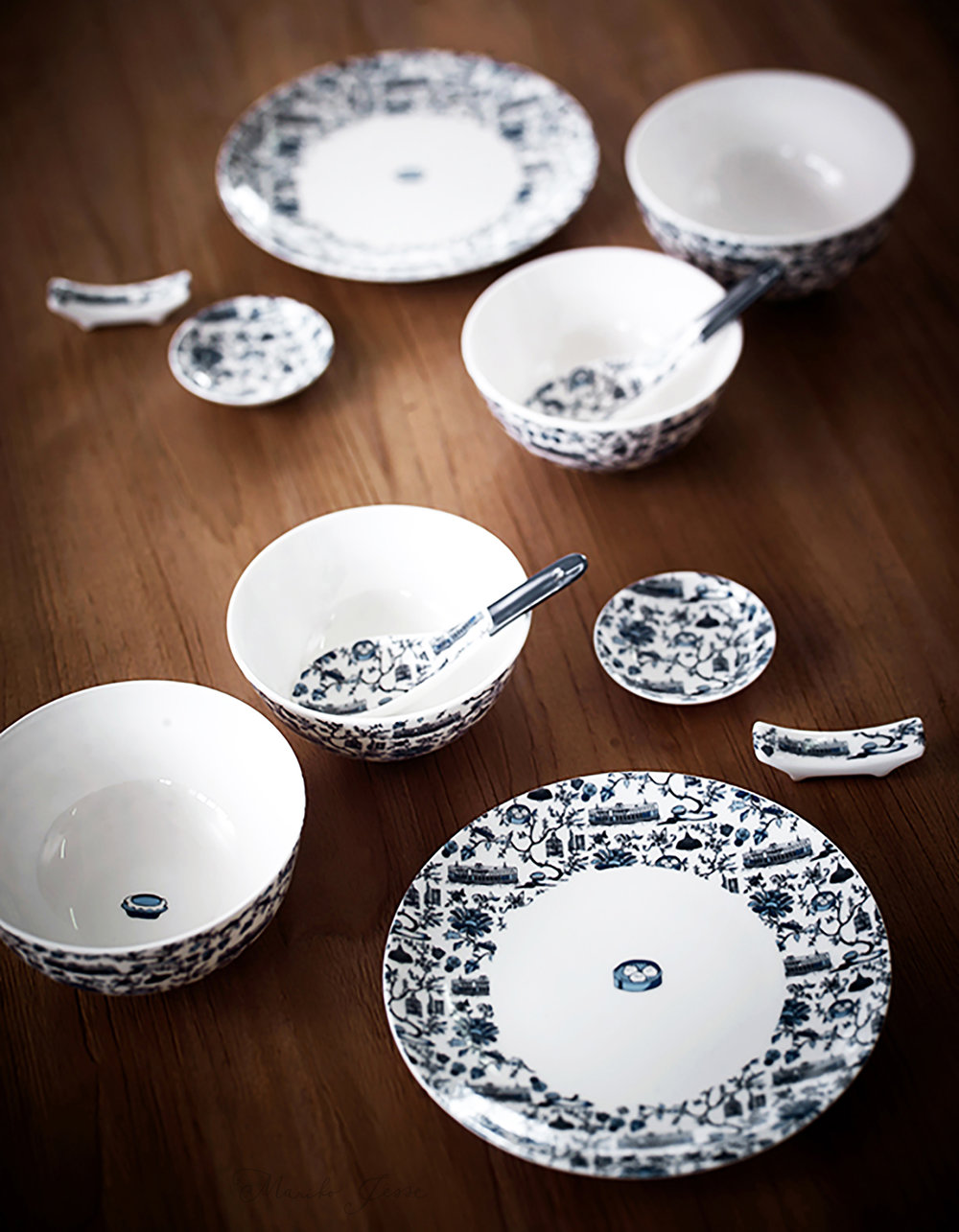 teaset in HK toile collection