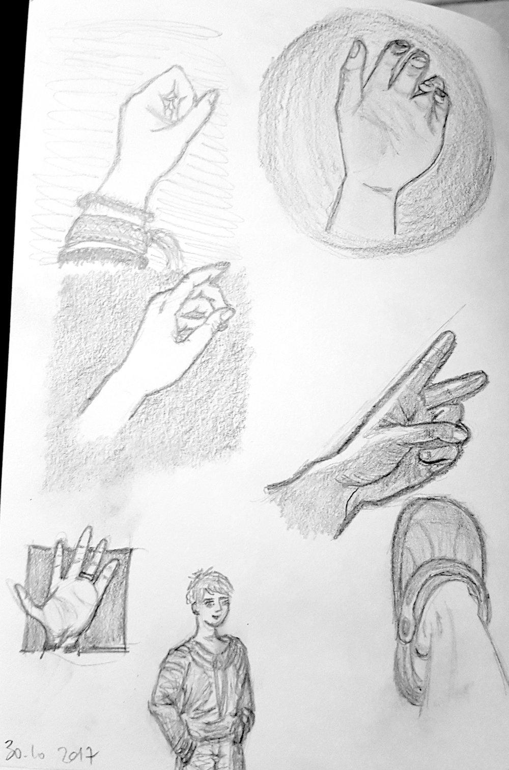 2017 10 30 - Croquis et mains.jpg
