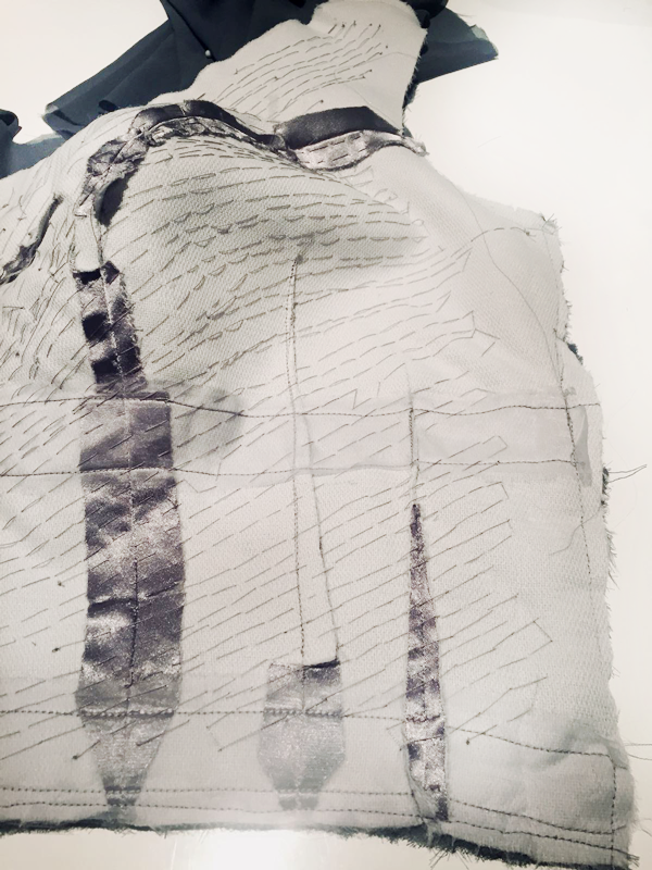 maison-de-rossi-blog-from-a-dream-to-reality-bodice--drape-stitching-b&w.png