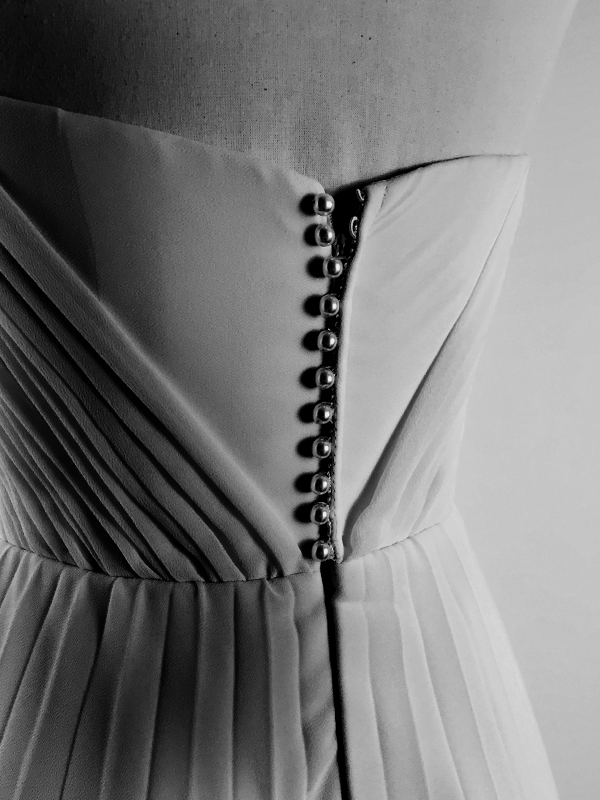 maisonderossi-vintage-bride-magazine-vintage-wedding-fair-sydney-2018-summer-in-lyon-gown.png