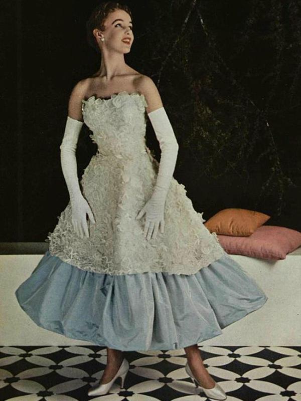 Inspiration gown by Cristobal Balenciaga