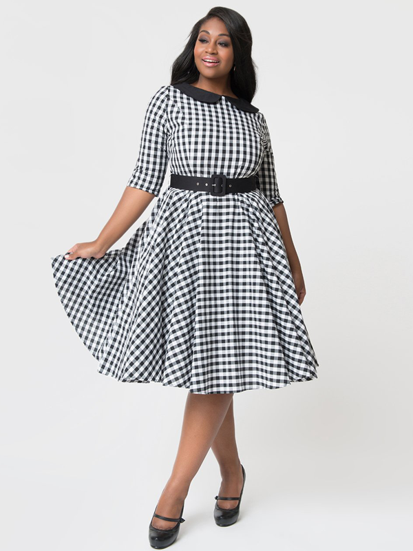 maison-de-rossi-always-the-bridesmaid-blog-unique-vintage-emily-swing-dress-plus-size.png