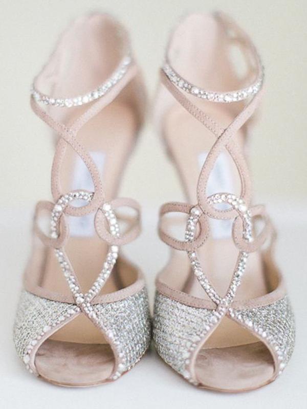 maison-de-rossi-blushing-bride-blog-colour-story-blush-garden-wedding-crystal-wedding-shoes.png