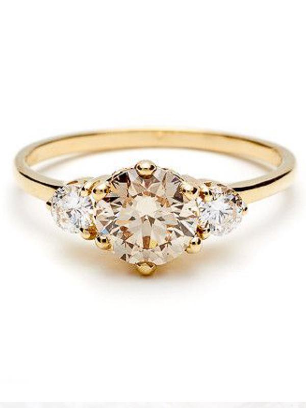 maison-de-rossi-blushing-bride-blog-colour-story-blush-garden-wedding-yellow-diamond-wedding-ring.png