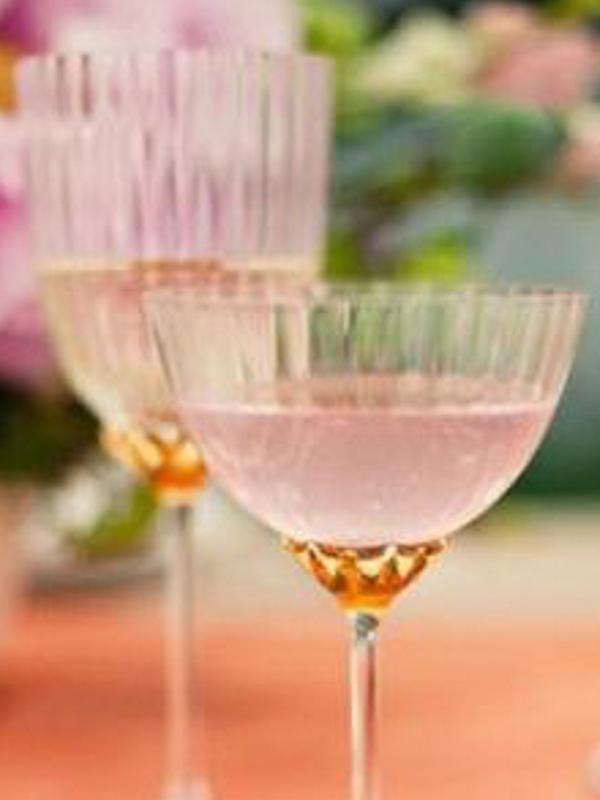 maison-de-rossi-blushing-bride-blog-colour-story-blush-rustic-wedding-blush-colour-crystal-champagne-glass.png