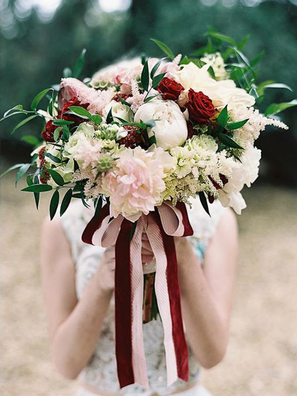 maison-de-rossi-blushing-bride-blog-colour-story-blush-rustic-wedding-flower-bouquet.png
