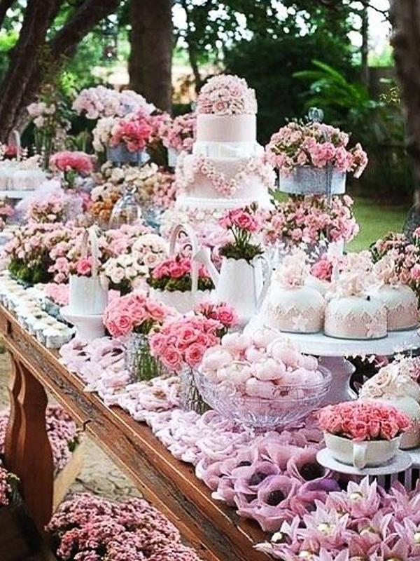 maison-de-rossi-blushing-bride-blog-colour-story-blush-rustic-dessert-table.png
