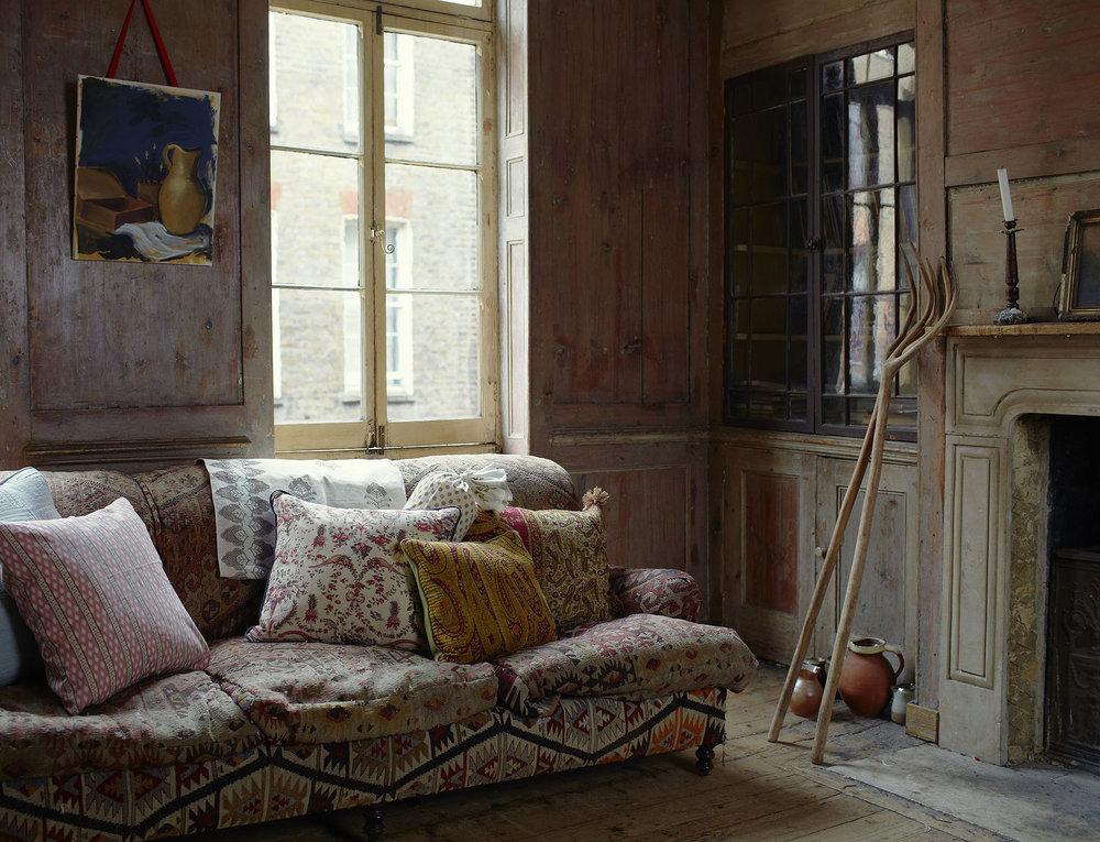 Sofa&Cushios_020.jpg