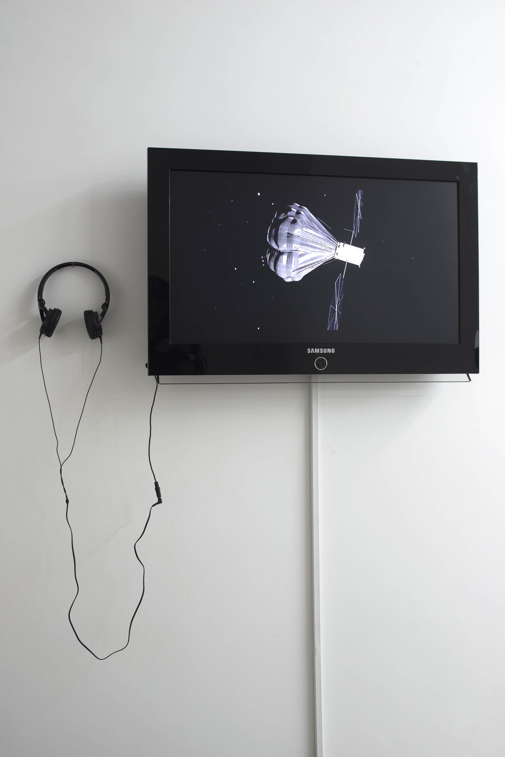 Andrea Zucchini, If the eye were not sun-like, it could not see the sun , 2014. Photo by Giorgio Benni. Image courtesy the artist, curators and The Gallery Apart, Rome.