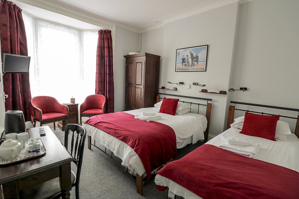 Room 6 EDIT.jpg