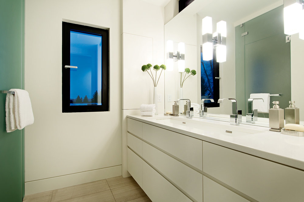 bathroom_04.jpg
