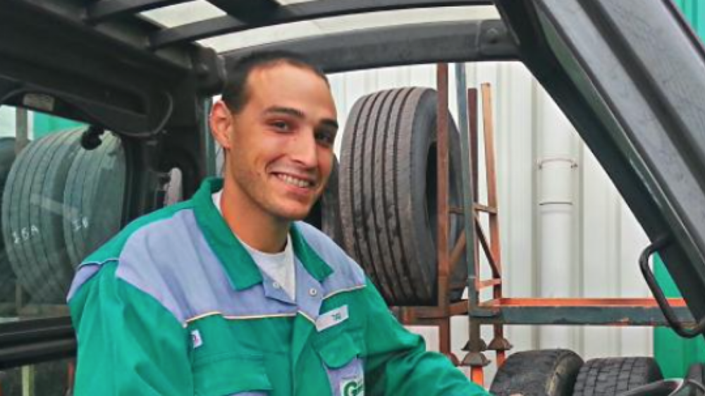 """... Two men are doing the work of four, in half the time...""   Marc Graas discovered the Easy Stacker on Reifen2012, and 6 months later he decided to make an investment in better working conditions for his staff, and in improving efficiency."