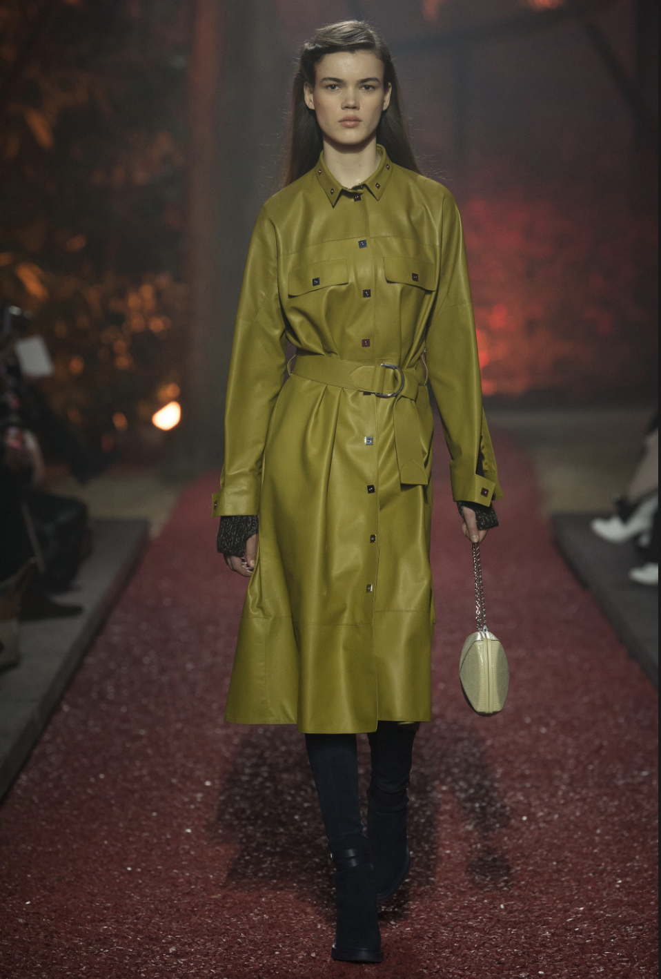 Hermes AW18 James Pecis