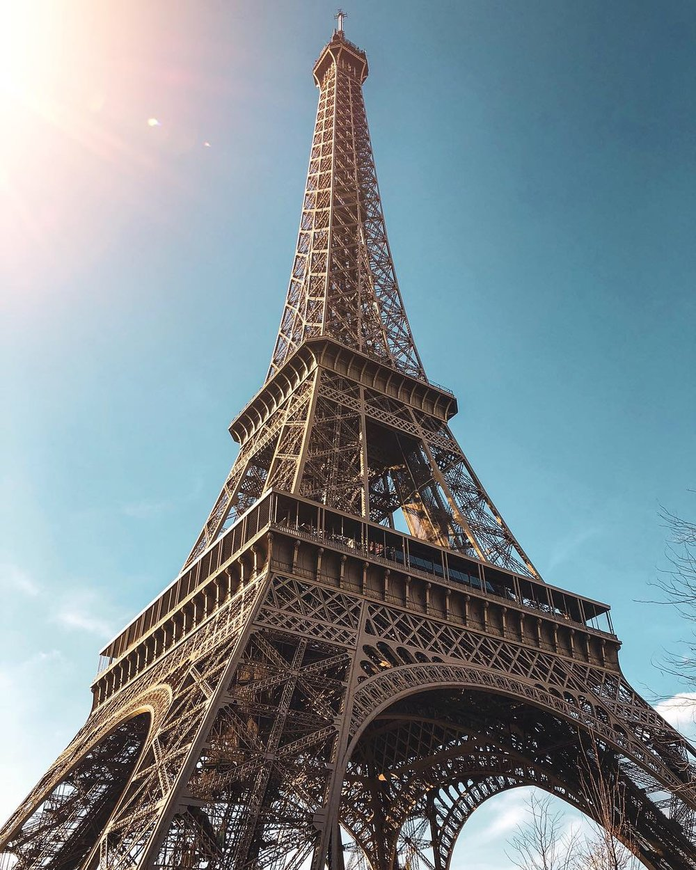 Why+it%27s+best+to+visit+Paris+Solo+-+An+Exclusive+Guide