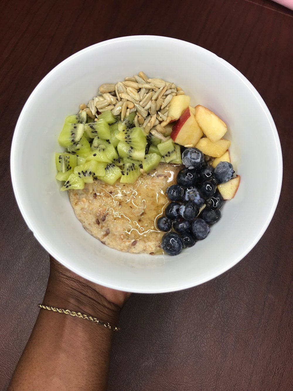 loaded-fruit-oatmeal-well-with-brielle-wellness.jpg