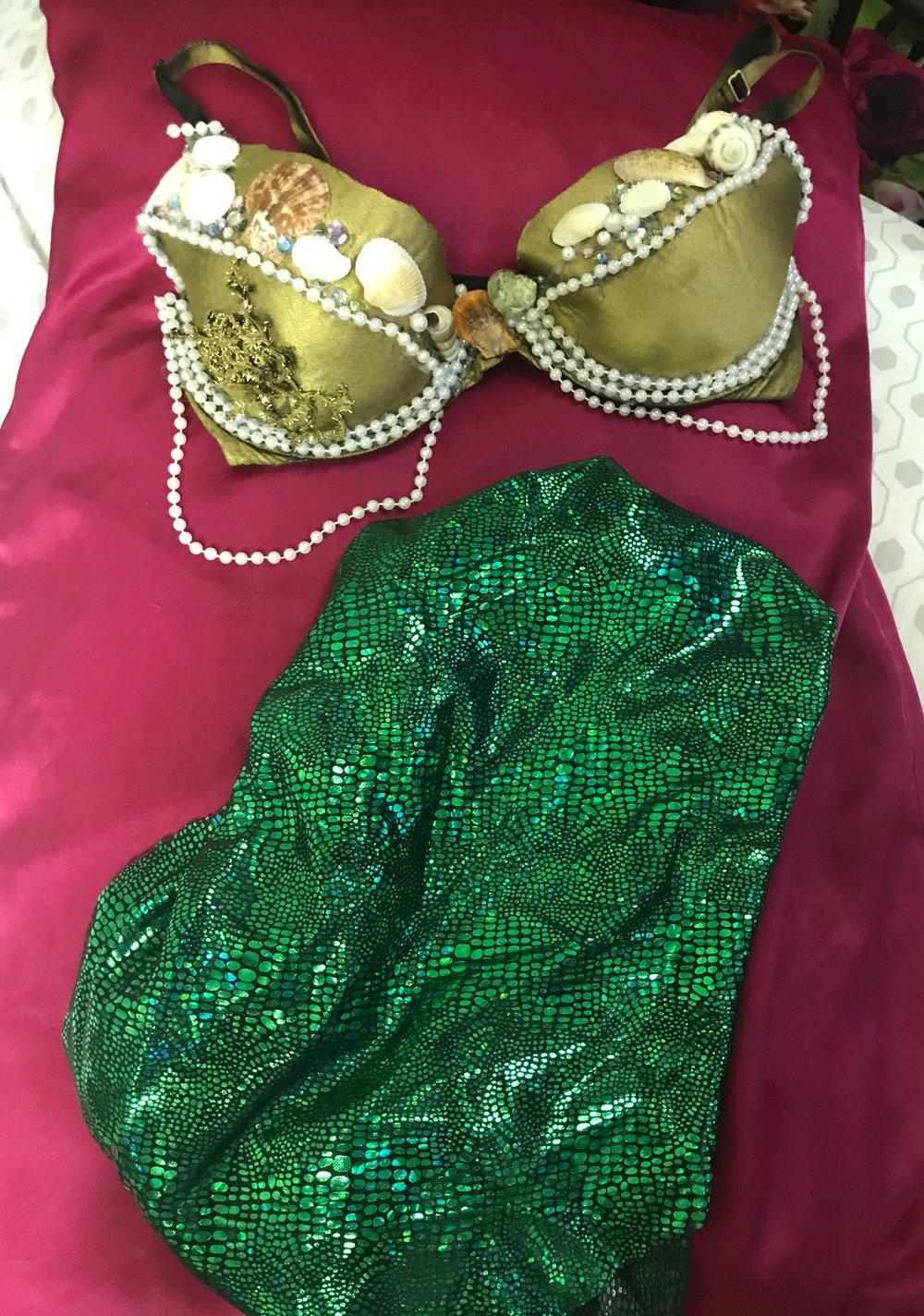 Slaytober Diy Halloween Costume Mermaid Babe Well With Brielle