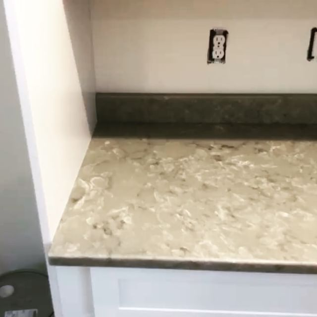 Had so much fun when it came to picking these counters with my customers!  Material Selected @spectrumquartz_ Color: Balance.  #newhome #quartzcountertops #kitchensofinstagram #newconstruction #newfieldsnh #newhome #newhomeconstruction