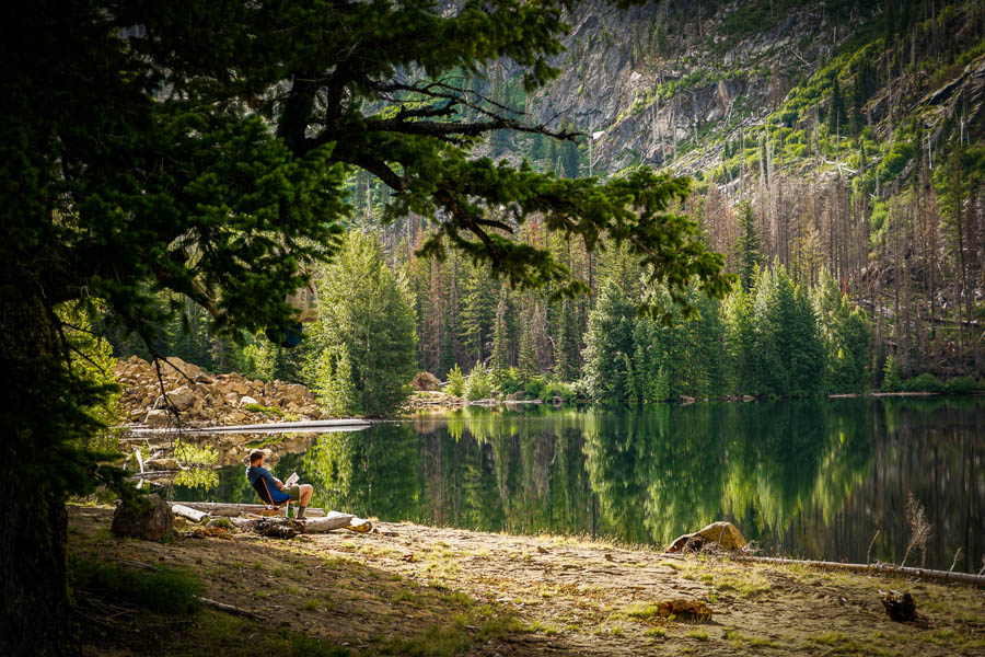 Eightmile-Lake-Hiking-Camping-17.jpg