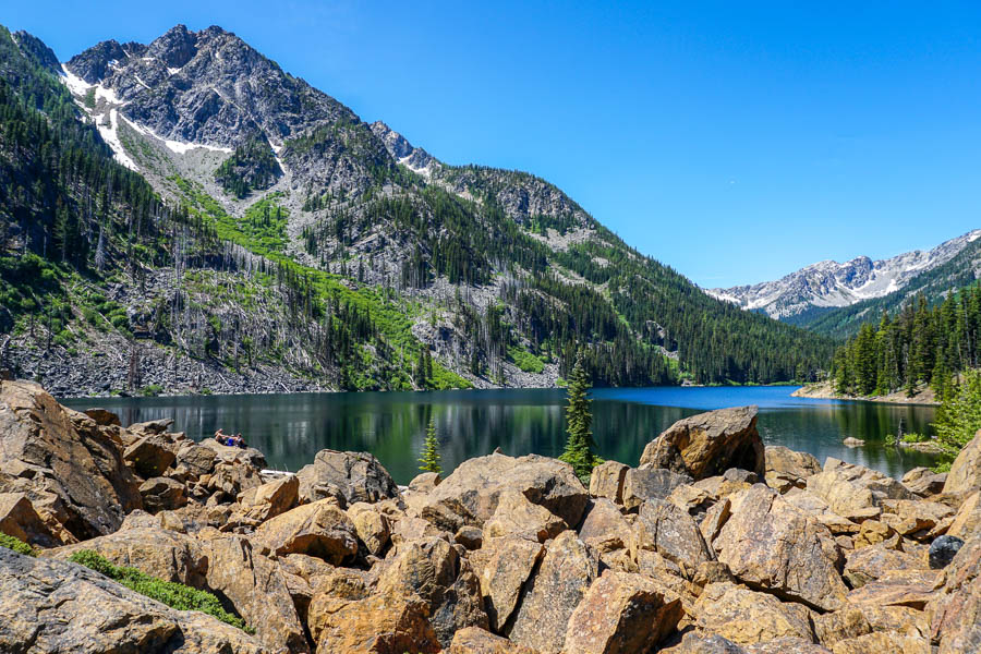 Eightmile-Lake-Hiking-Camping-25.jpg