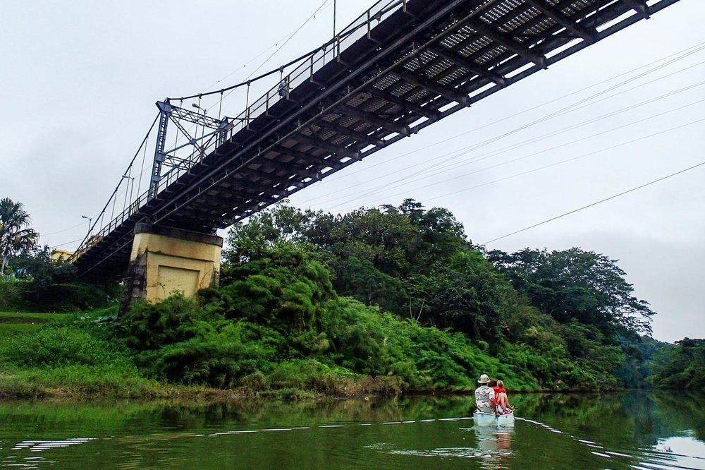 Pratt_Belize-Canoe_01.jpg