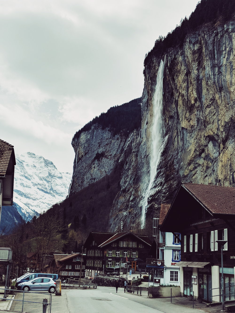 Look at that waterfall!