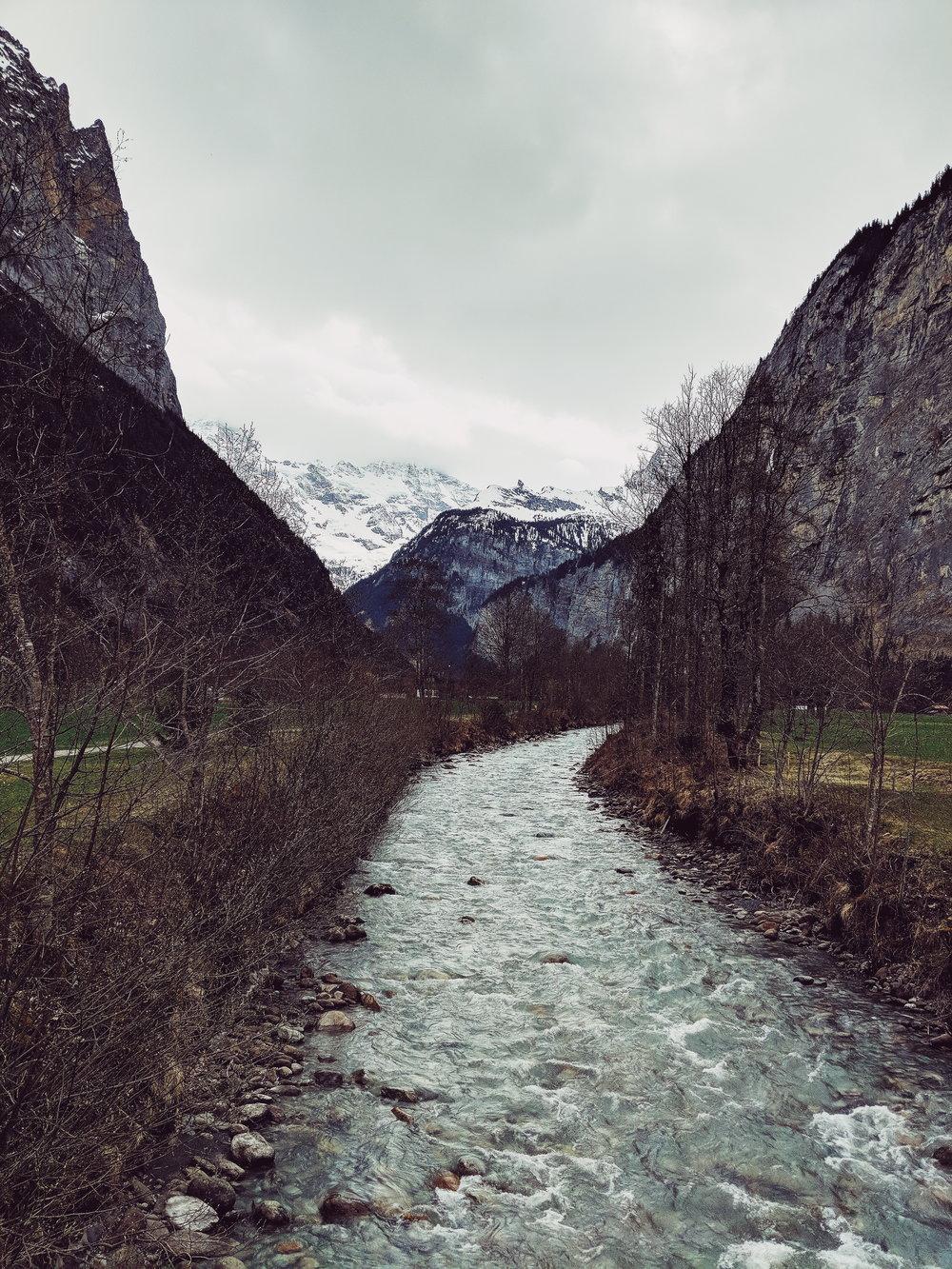 bridge view in lauterbrunnen.jpg