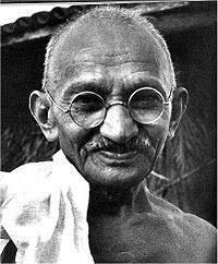 Mohandas Gandhi (biographyonline.net)