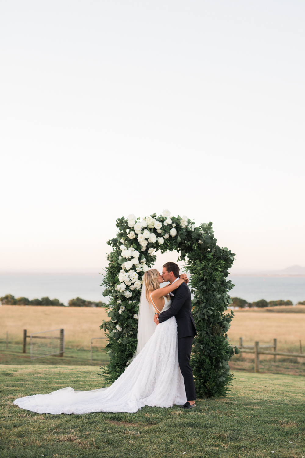 Bleeker Wedding Dress | Photography by Jenna Fahey-White