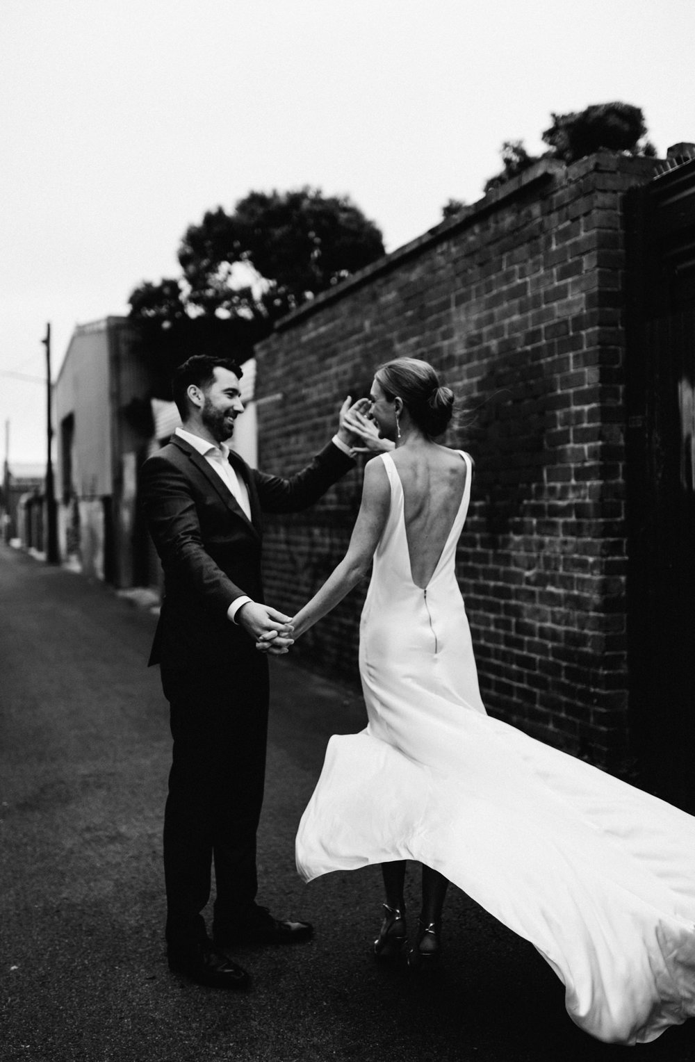 Moss Wedding Dress | Photography by Ella Warrick