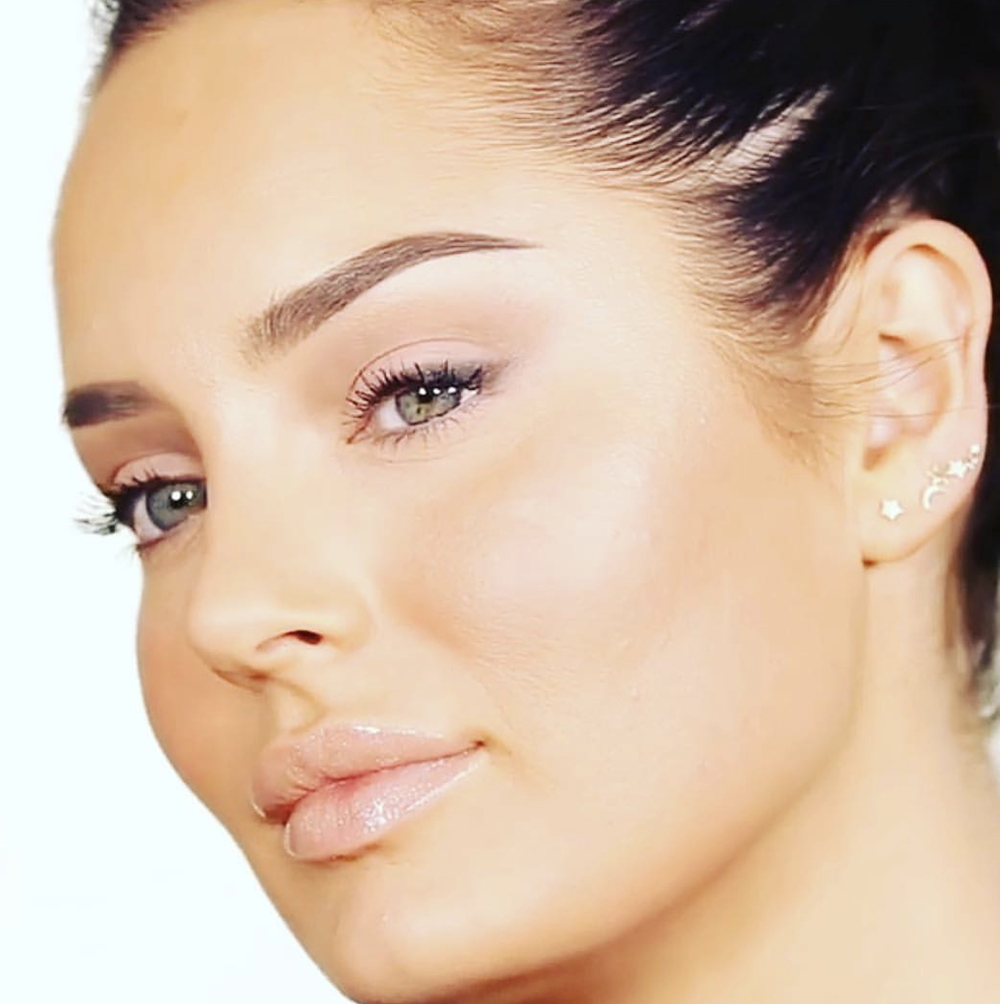 Chloe Morello  - Digital Influencer & Beauty Expert
