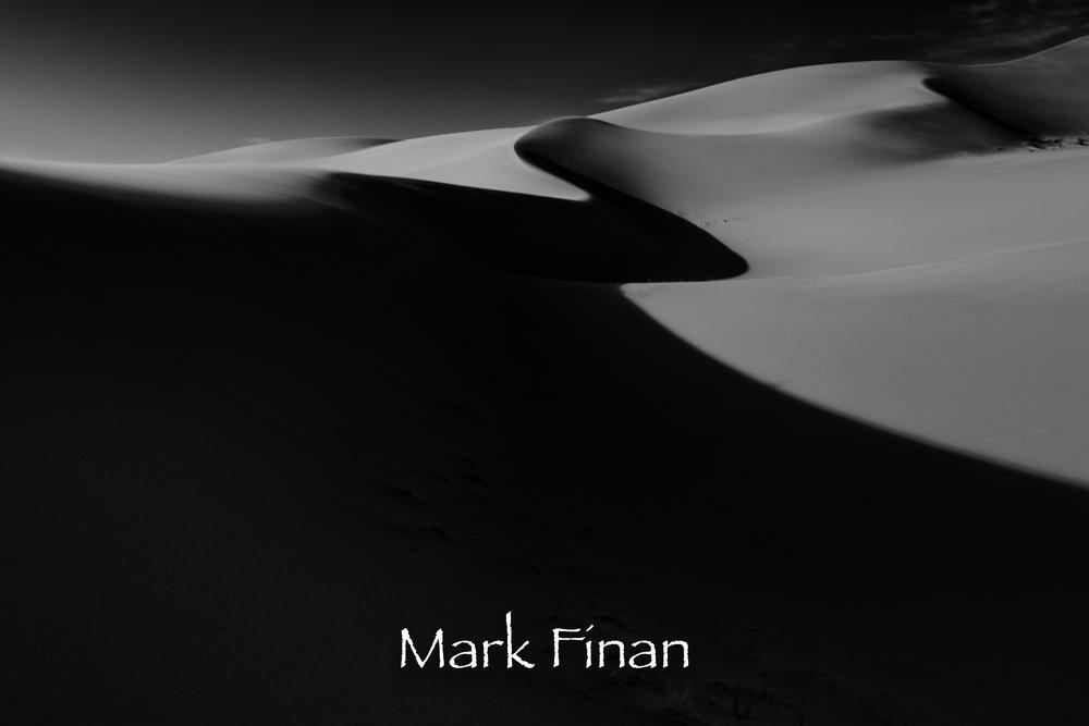 DV Dunes 1 BW.jpg