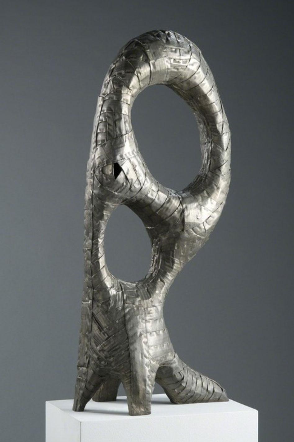 Zaha, Ode, Ed. 1/5  2016 Bronze 37 × 18 × 10 in 94 × 45.7 × 25.4 cm