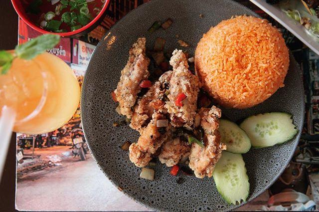 Big night planned? Good! WE ARE OPEN ALL NIGHT! Closing at 4am -12pm tomorrow. . . . . . . #food #foodporn #bubbletea #melbourne #melbournefood #foodblogger #broadsheetmelb #pho #vietnamesefood #cocktails #melbourneeats #foodie #yum #foodgasm #melbourneblogger #twentyphoseven