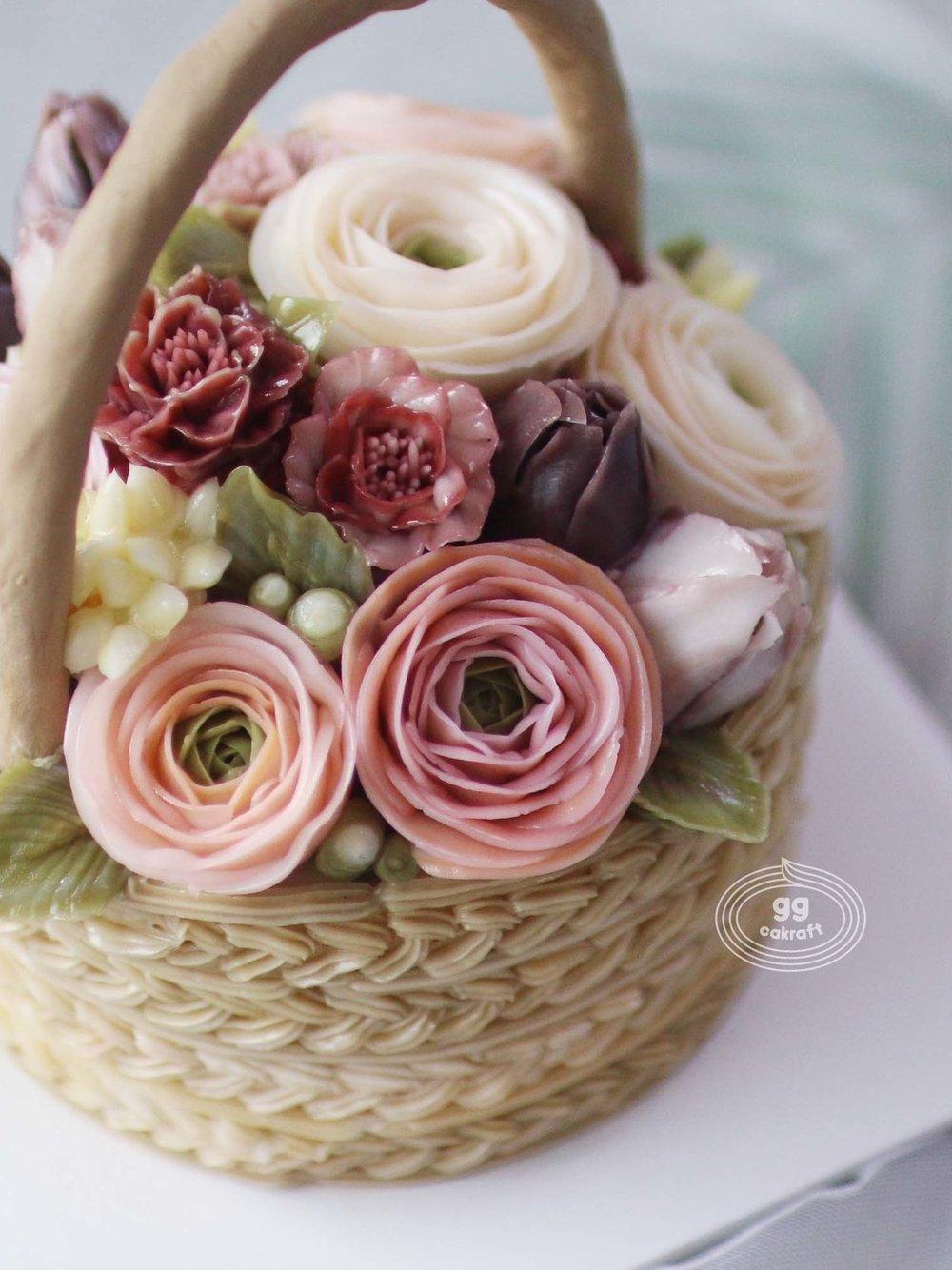 Day 3   Basket cake with handle. (Real cake)  Lisianthus, Marigold, bouvardia, 3D stem.