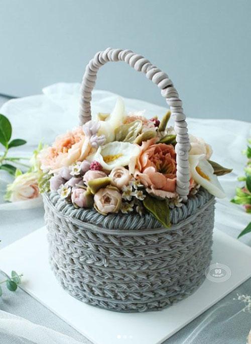 Day 3. Basket cake with handle (Dummy cake)   - Basket icing  - Peony, Closed Peony, Calla, Wax flower, 3d stem.