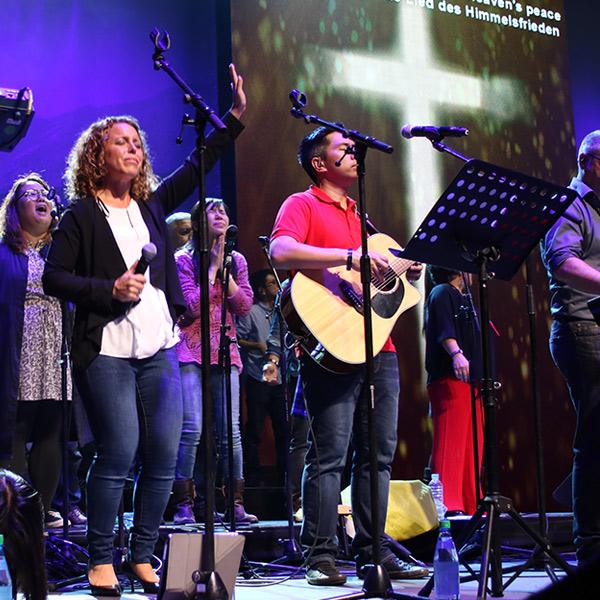 worship-family.jpg