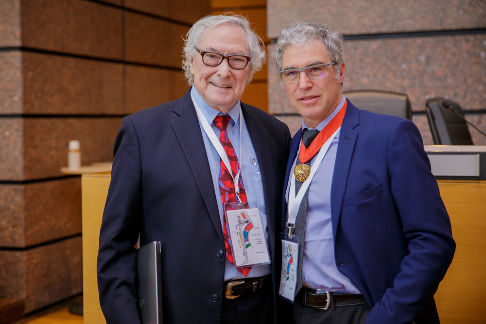 Pr. Howard Frazier and Pr. Thierry Folliguet at the 67th International Congress of the European Society of Cardiovascular and EndoVascular Surgery
