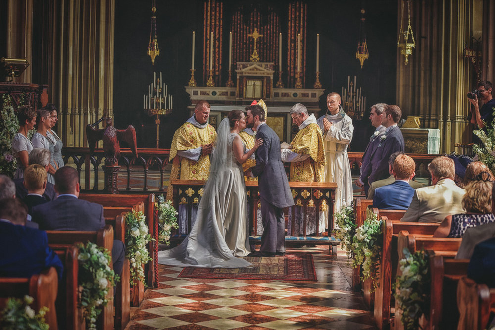 Farnborough Abbey Wedding by Andrew Dawson Photography