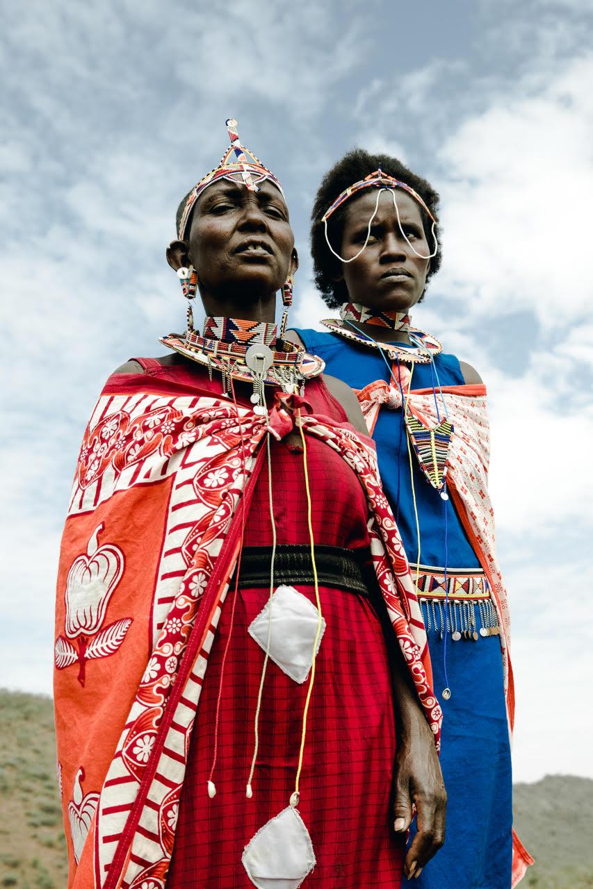 MAASAI : MODERNITE ET TRADITION - SOUS L'OBJECTIF DU PHOTOGRAPHE OJOZ