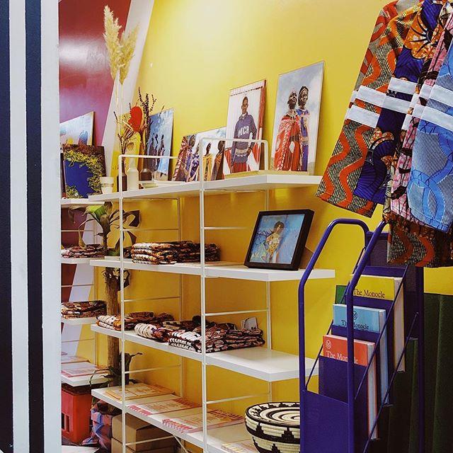 MCR Store 40 bis rue Myrha, 75018 Horaires :  du Lundi au Samedi de 11h00 - 19h00