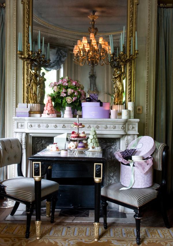 Laduree-and-Angelina-Parisian-tearooms-07.jpg