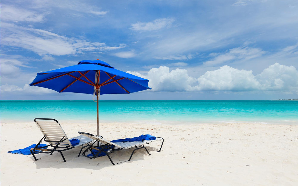6974663-chilling-at-beach.jpg