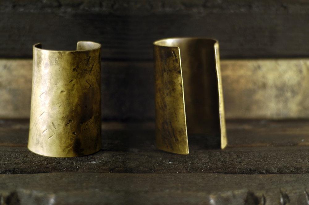TSACHILLA-cuff-bracelet.JPG