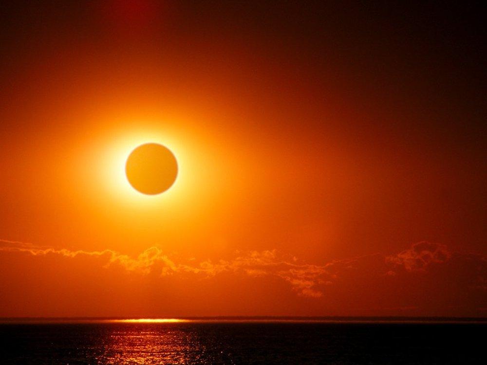 A_very_rare_supermoon_eclipse-3fe19f35102999ee8a835b263bb9f4aa1.jpg